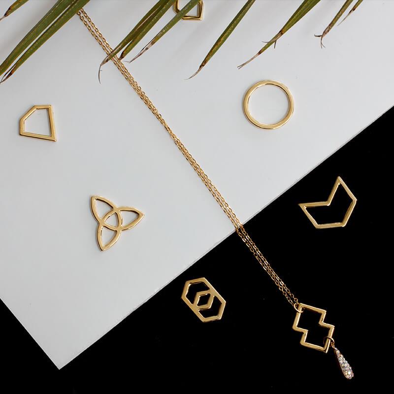 Joyeria fina chapa de oro 22k varna dise o y elegancia for Disenos de joyas en oro
